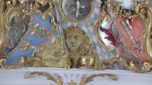 Im innern der Basilika St. Emmeran - der Löwe etwas näher