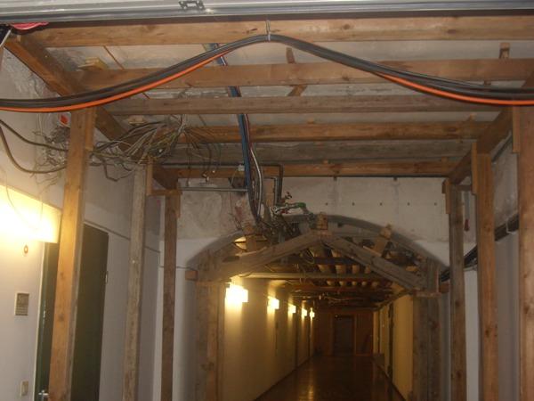 Abstützung im Keller